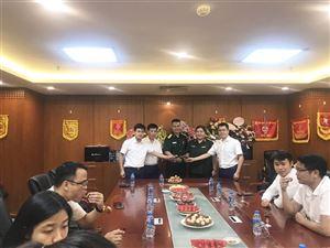 Tổng Công ty ĐTPT Nhà và Đô thị BQP  trao Quyết định thăng Quân hàm và tuyển CCQP cho các đồng chí thuộc Công ty MHDI 10